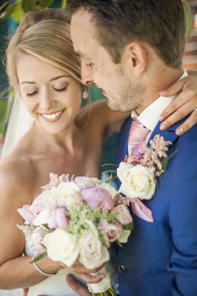 bruidsfotografie-het-klooster-ter-apel-gaffel-wedding-bruiloft-john-miranda00022