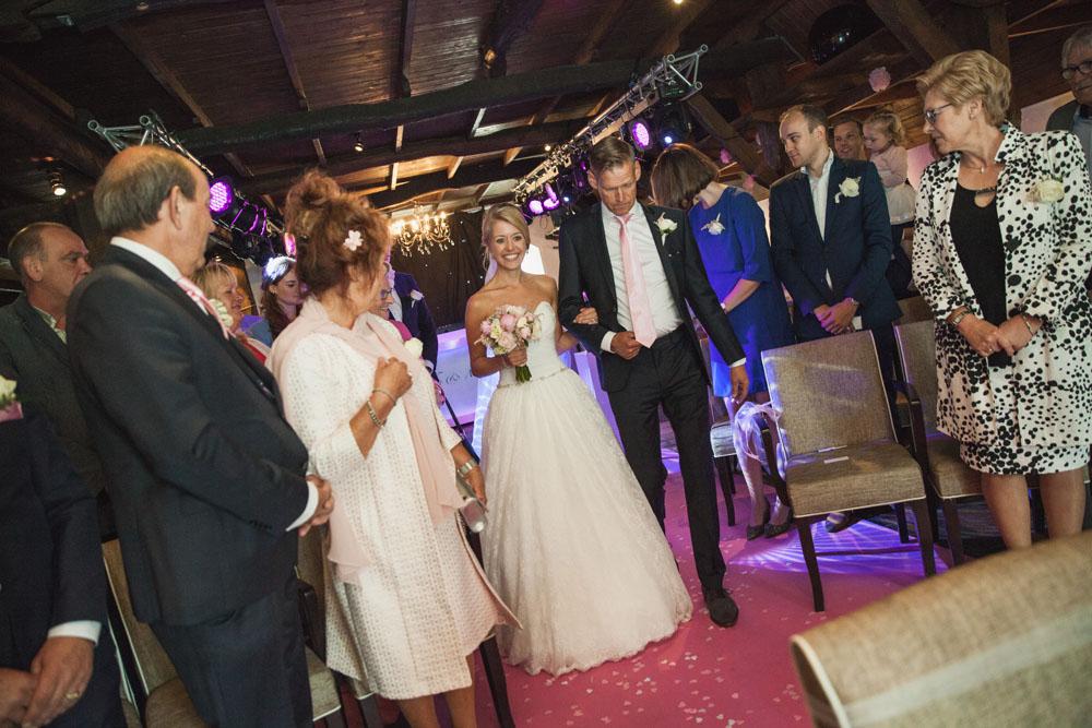 bruidsfotografie-het-klooster-ter-apel-gaffel-wedding-bruiloft-john-miranda00034
