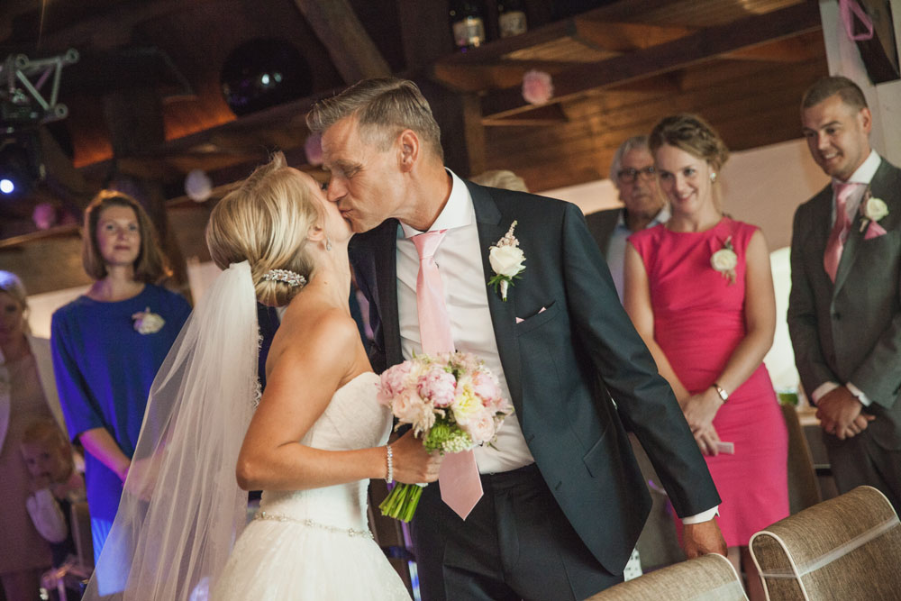 bruidsfotografie-het-klooster-ter-apel-gaffel-wedding-bruiloft-john-miranda00035