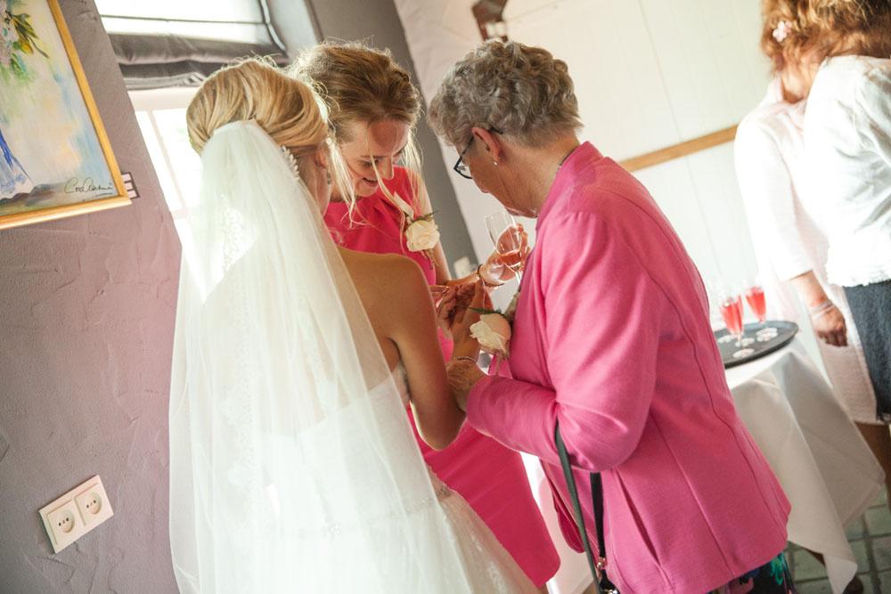 bruidsfotografie-het-klooster-ter-apel-gaffel-wedding-bruiloft-john-miranda00051
