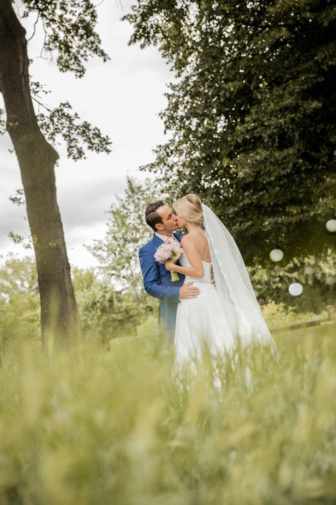 bruidsfotografie-het-klooster-ter-apel-gaffel-wedding-bruiloft-john-miranda00053