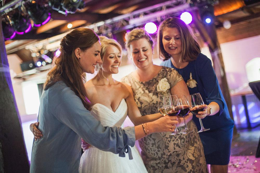 bruidsfotografie-het-klooster-ter-apel-gaffel-wedding-bruiloft-john-miranda00055