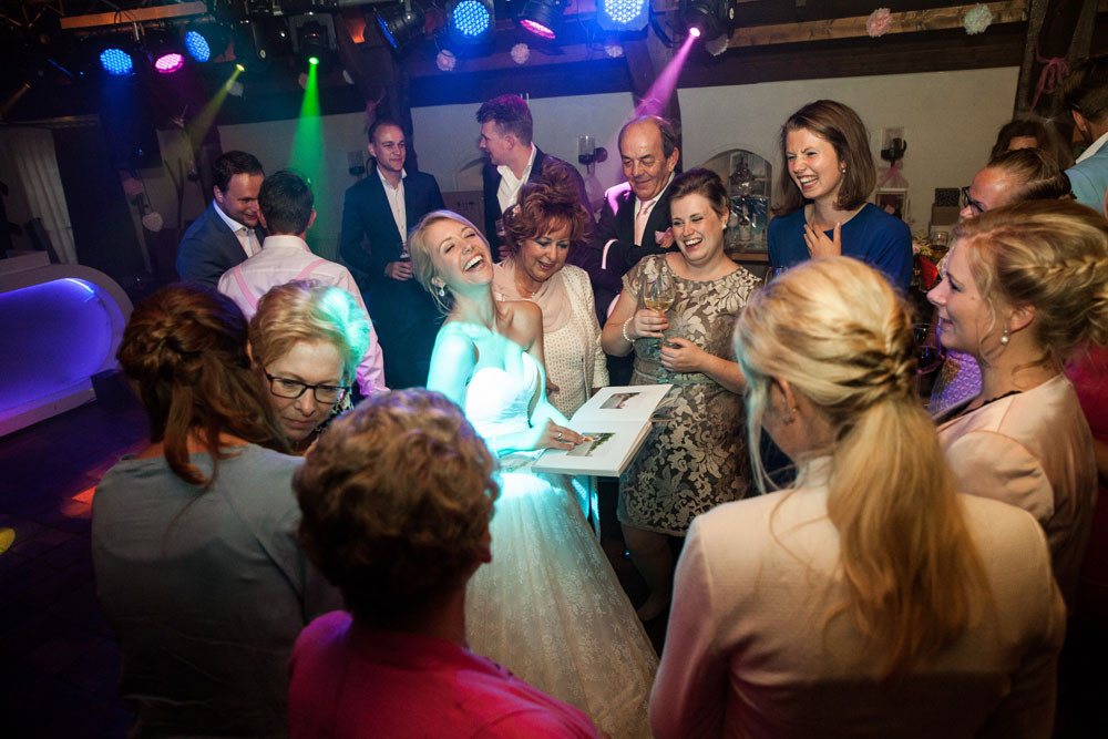 bruidsfotografie-het-klooster-ter-apel-gaffel-wedding-bruiloft-john-miranda00065