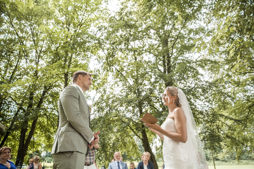 bruidsfotografie-winschoten-midwolda-lars-michelle-00055